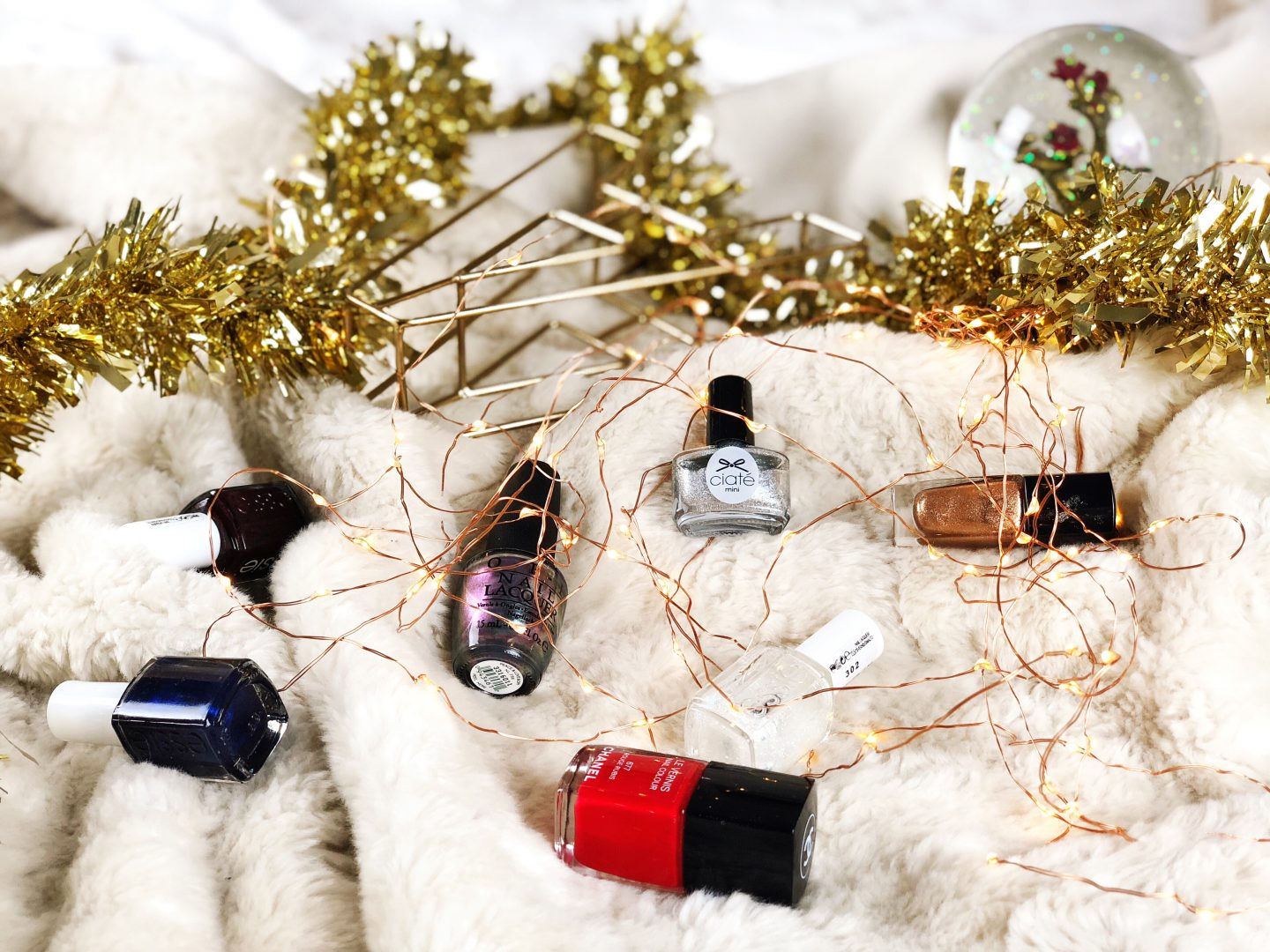 Blogmas 2017 Day 19: The Perfect Winter Nail Varnishes