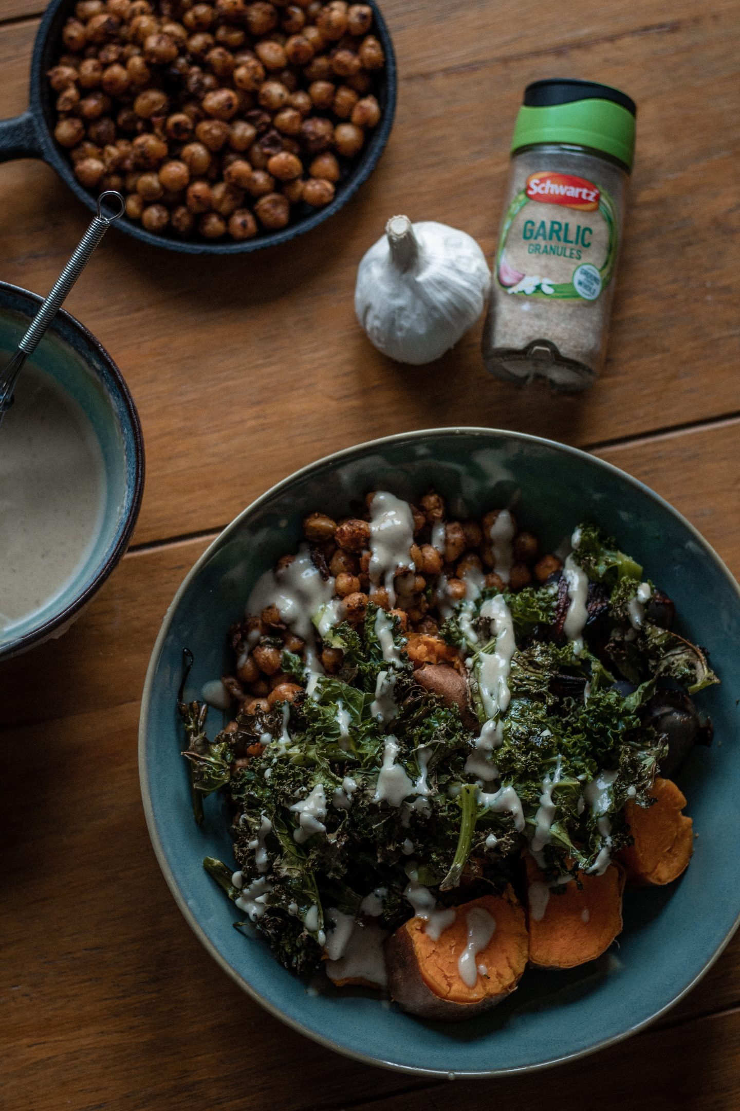 Easy and Healthy Buddha Bowl with Super Garlic-y Chickpeas | ft. Schwartz